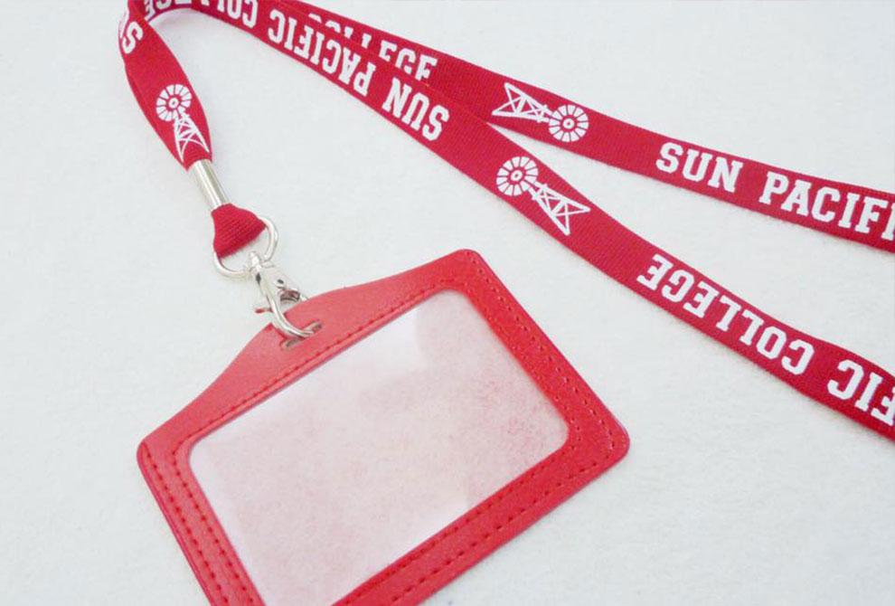 紅色仿皮橫式證套組